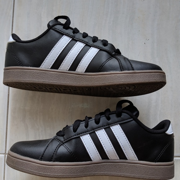 Adidas baseline shoes/sneakers